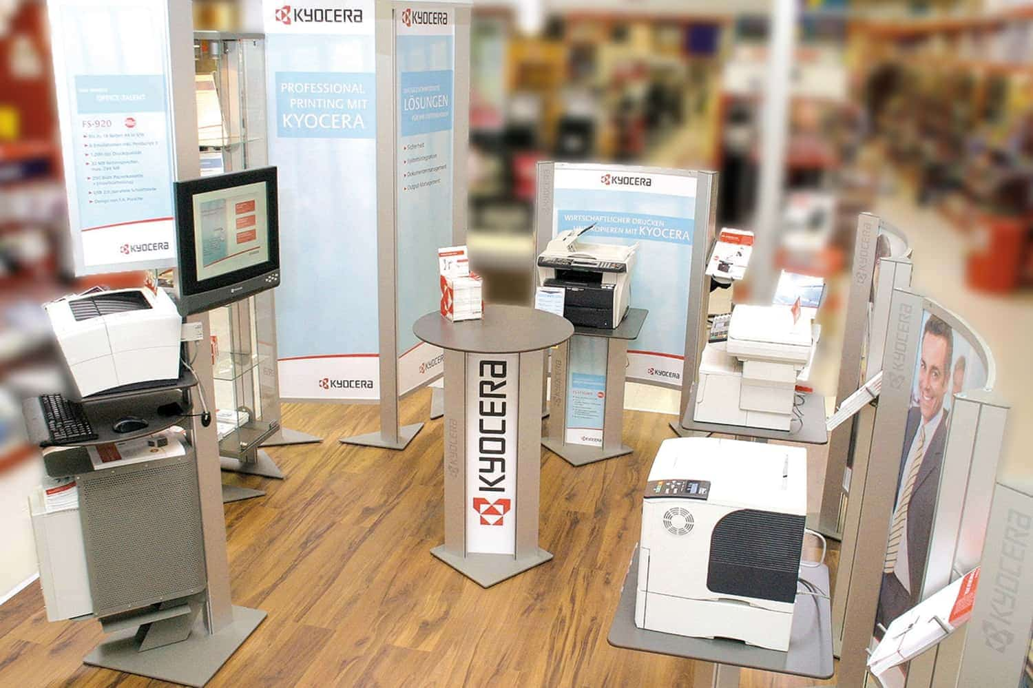 Kyocera – shop-in-shop system for retail partners